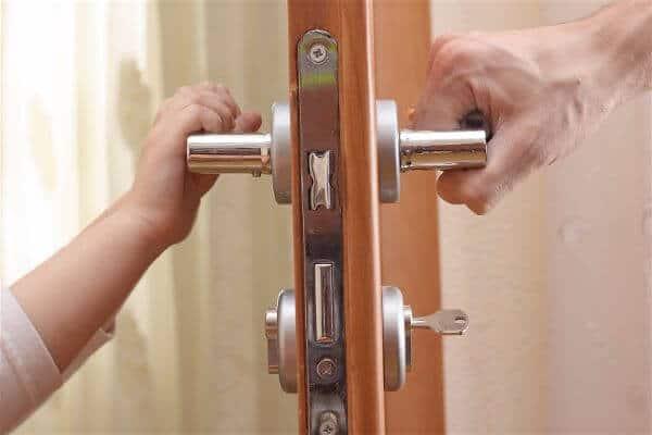 commercial door with locks