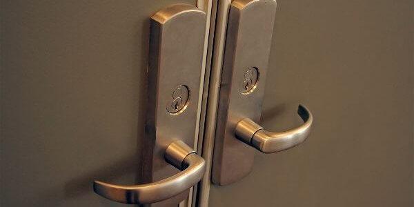 Boardroom door hardware
